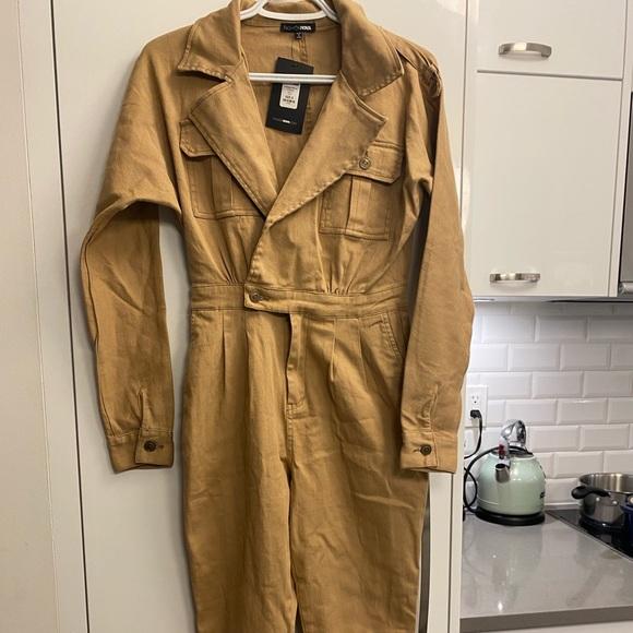 Fashion nova khaki jumpsuit